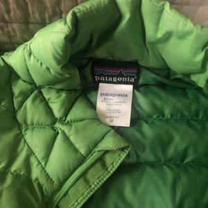 Green Patagonia puffer coat
